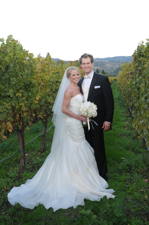 Wedding, flowers, V. Sattui, Winery, V. Sattui Winery, wedding dress, bouquet, shoes, tower